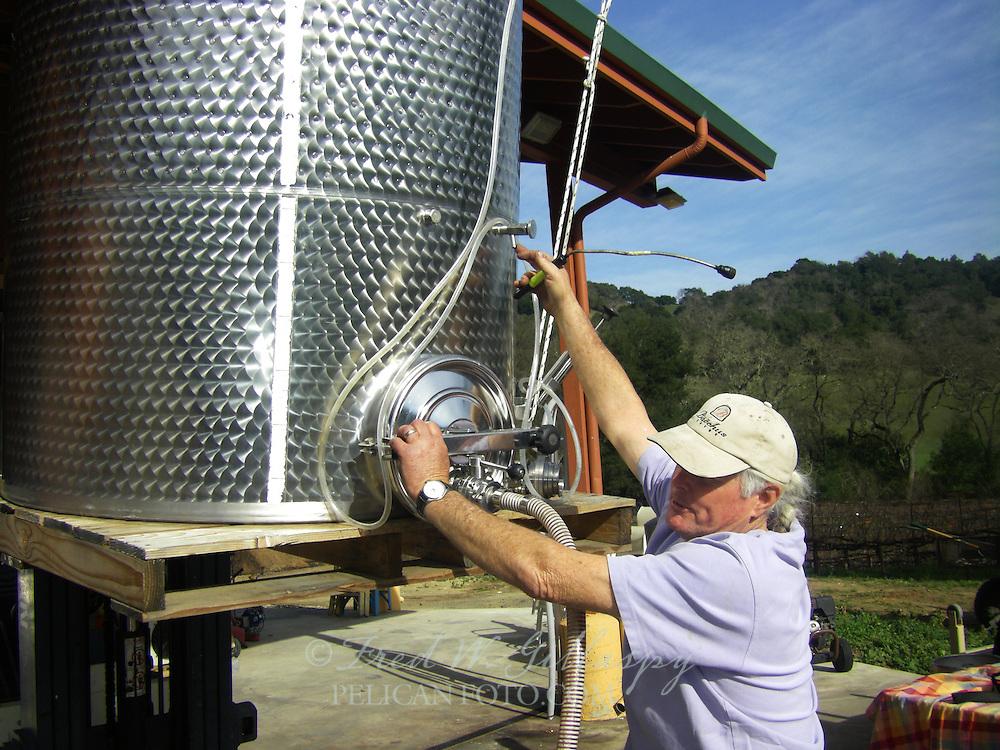 Wine Bottling 0700