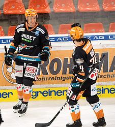 21.02.2021, Keine Sorgen Eisarena, Linz, AUT, EBEL, EHC Liwest Black Wings Linz vs iClinic Bratislava Capitals, 48. Qualifikationsrunde, im Bild v.l. Dennis Yan (Steinbach Black Wings 1992) und Josh Roach (Steinbach Black Wings 1992) feiern das Tor zum 2 zu 0 // during the bet-at-home ICE Hockey League 48th qualifying round match between EHC Liwest Black Wings Linz and iClinic Bratislava Capitals at the Keine Sorgen Eisarena in Linz, Austria on 2021/02/21. EXPA Pictures © 2021, PhotoCredit: EXPA/ Reinhard Eisenbauer