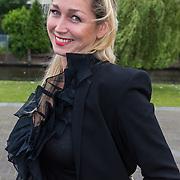 """NLD/Amsterdam/20130626 - Uitreiking Jackie""""s Best Dressed 2013, zwangere Do, Domonique van Hulst"""