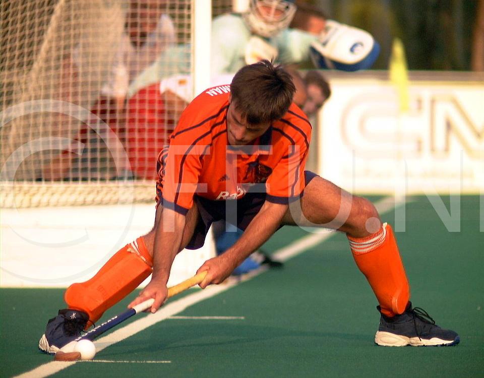 fotografie frank uijlenbroek@1999/frank uijlenbroek<br />9900907 Padova sport Italie<br />ek heren hockey <br />nederland - engeland 3-3<br /><br />op foto: Jacques Brinkman speelde zij 314 interland een nieuw internationaal record