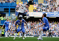 30.04.2011, Stamford Bridge, London, ENG, PL, FC Chelsea vs Tottenham Hotspur, im Bild Tottenham's Gareth Bale and Frank Lampard of Chelsea     during Chelsea Fc  vs Tottenham fc for the EPL at Stamford Bridge   in London  on 30/04/2011. EXPA Pictures © 2011, PhotoCredit: EXPA/ IPS/ Marcello Pozzetti +++++ ATTENTION - OUT OF ENGLAND/UK and FRANCE/FR +++++