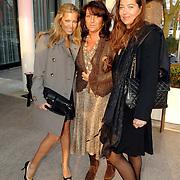 NLD/Amsterdam/20070324 - Modeshow Danie Bles 2007,  Sylvie Meis - van der Vaart, haar schoonmoeder en ......