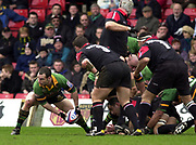 Watford, GREAT BRITAIN, 15th Feburary 2004, Vicarage Road, ENGLAND. [Mandatory Credit: Photo  Peter Spurrier/Intersport Images],<br /> 15/02/2004  -  Zurich Premiership, Saracens v Northampton Saints<br /> Mark Robinson, moves the ball from the back of the scrum.
