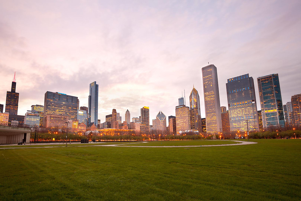 Grant Park and downtown skyline, Chicago, Illinois, USA