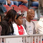 NLD/Amsterdam/20060823 - Ajax - FC Kopenhagen, familie van Ryan babel, ouders, moeder