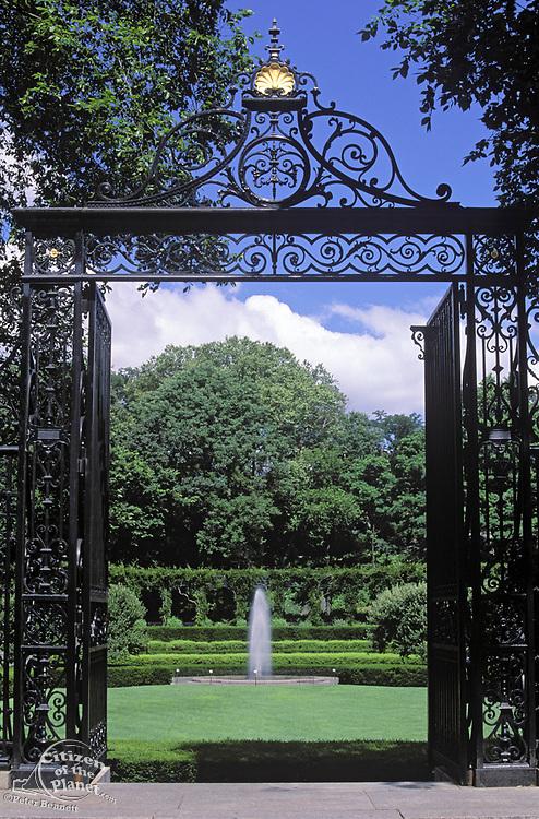 Conservatory Gardens, Central Park, Manhattan, New York