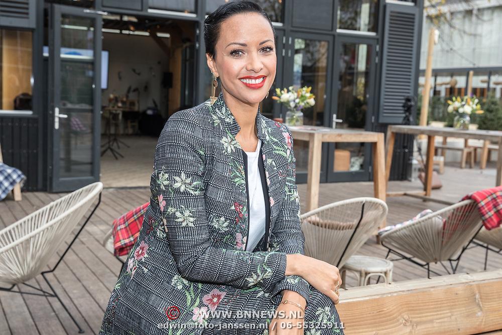 NLD/Amsterdam/20171026 - Perspresentatie Into the Waves 2017, Sonja Silva