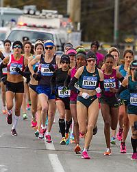 NYC Marathon, Jelena Prokopcuka leads at start