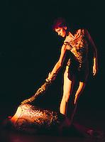 """Richard Alston Dance Co in """"Shimmer"""""""