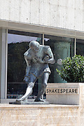 Eastern Europe, Hungary, Budapest, statue of Shakespeare by Andor Meszaros in Belvaros district