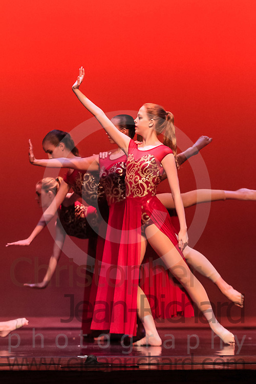 Students of the Payne Academy of Performing Arts in the final dress rehearsal for Cinderella and Diverse Works.<br /> Requiem for a Towerchoreography: Shizu Yasuda<br /> May 8th, 2015.<br /> <br /> Woodlands College Park High School Theater<br /> The Woodlands, Texas<br /> May 8th, 2015.<br /> <br /> Woodlands College Park High School Theater<br /> The Woodlands, Texas