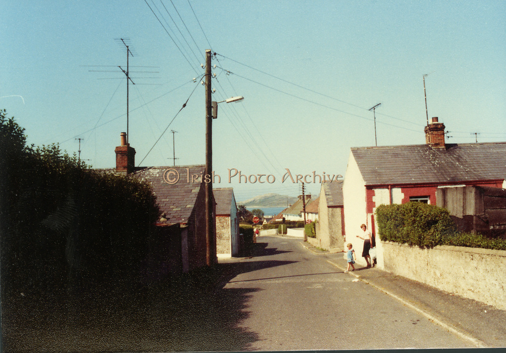 Old Dublin Amature Photos February 1984 WITH, Howth, Queen St, Lord Edward St, Thomas St, Parlement St, August 1982