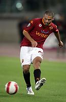 Fotball<br /> Italia<br /> Foto: Inside/Digitalsport<br /> NORWAY ONLY<br /> <br /> 20.10.2007<br /> Roma v Napoli 4-4<br /> <br /> Max Tonetto (Roma)