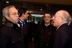 """Roma 21/01/2009 - IV Conferenza nazionale sul Digitale Terrestre dal titolo """"Niente è come prima"""". NELLA FOTO: Fedele Confalonieri, Presidente Mediaset con Enrico Mentana."""