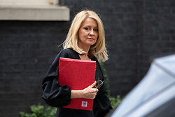 © Licensed to London News Pictures. 06/11/2018. London, UK. Work and Pensions Secretary Esther McVey leaving 10 Downing Street after attending a Cabinet meeting this morning. Photo credit : Tom Nicholson/LNP