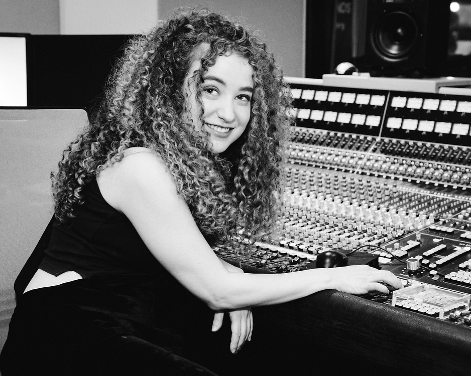 NEW YORK, NY/US - JUNE 03, 2019: Tal Wilkenfeld performs for New Sounds with John Schaefer at WNYC Studios in Manhattan. PHOTO CREDIT: Eric M. Townsend