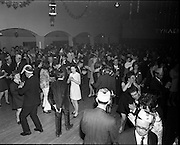 20/04/1970<br /> 04/20/1970<br /> 20 April 1970<br /> Tynagh Mines Dinner Dance at Loughrea, Co. Galway. View of the dance floor.