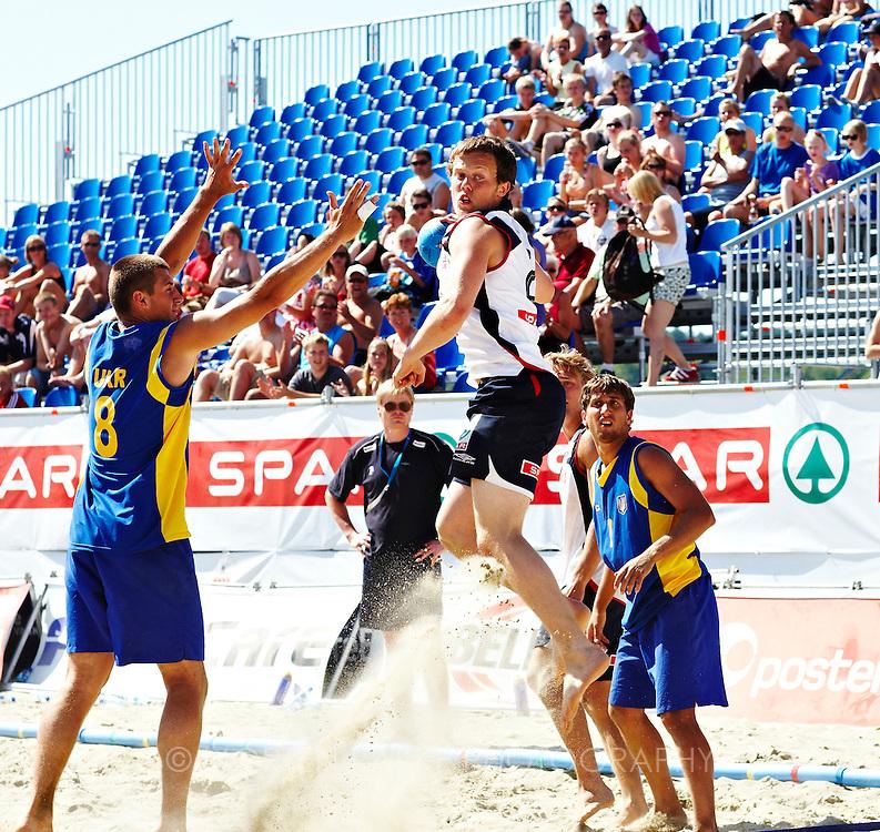 EM Beach Handball, Larvik, Norway. From the match June 25, 2009; Men, Norway-Ukrain. Photo by Morten Rakke. For image access please contact +47 93456730 or mail@rakkke.no. Standard rates.