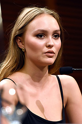 September 22, 2018 - San Sebastian, Baskenland, Spanien - Lily-Rose Depp bei der Pressekonferenz zu 'A Faithful Man' auf dem 66. Internationalen Filmfestival San Sebastian / Festival Internacional de Cine de San Sebastián im Kursaal. San Sebastian, 22.09.2018 (Credit Image: © Future-Image via ZUMA Press)