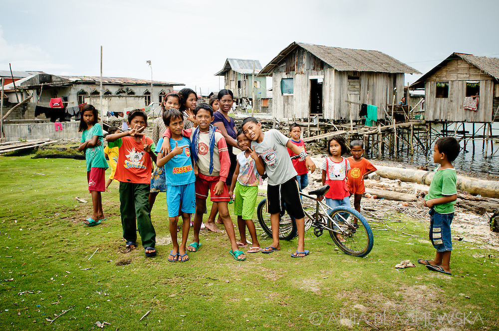 Philippines, Tawi Tawi. Group of children from Simunul Island, the place where islam was introduced to the Philippines.