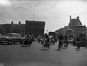 24/06/1959<br /> 06/24/1959<br /> 24 June 1959<br /> Traffic scenes in Dublin.  Lunchtime traffic on O'Connell Bridge.