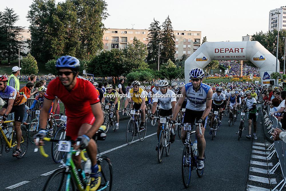 Tour de France for amators departure  MOUREINX    velo magazine  /  Tour de france des amateurs, depart a   MOUREINX