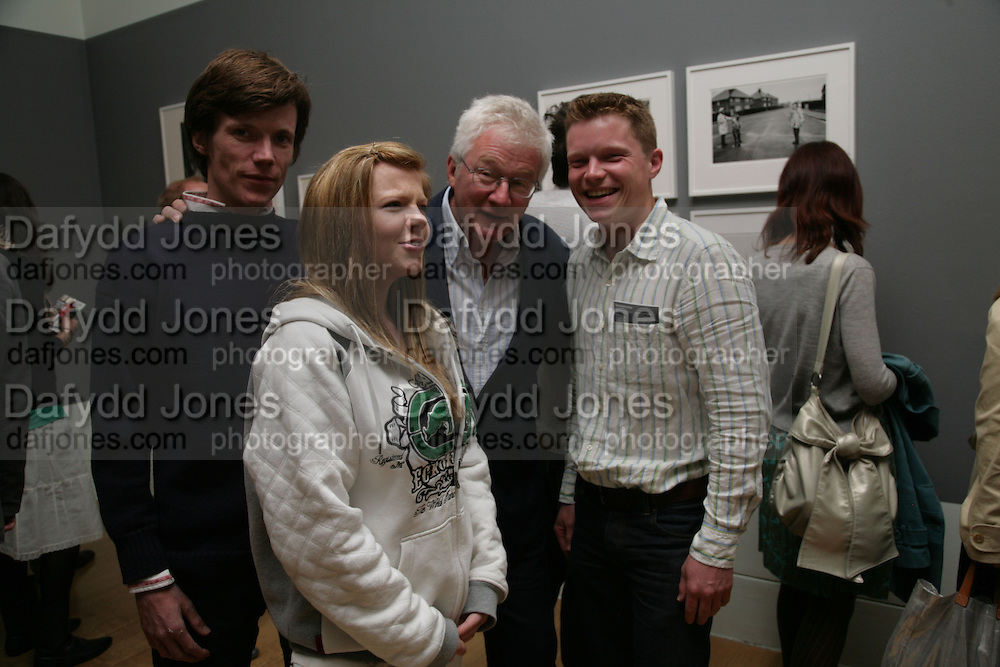 Theo, Tallulah, Homer Sykes and Jacob. How We Are- Photographing Britian. Opening at the Tate. Millbank. 21 May 2007.  -DO NOT ARCHIVE-© Copyright Photograph by Dafydd Jones. 248 Clapham Rd. London SW9 0PZ. Tel 0207 820 0771. www.dafjones.com.