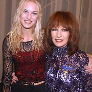 KO Liesbeth List, met dochter Elisah