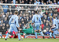 Photo: Paul Thomas. Coventry City v Cardiff City, Highfield Road, Coventry,  Coca Cola Chamionship. 12/03/2005. Lee Bullock scores for Cardiff.