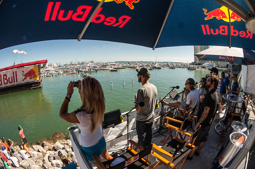 Judges  watch as the redbull airforce lands at RedBull Flugtag in Miami, Florida on 11/03/2012