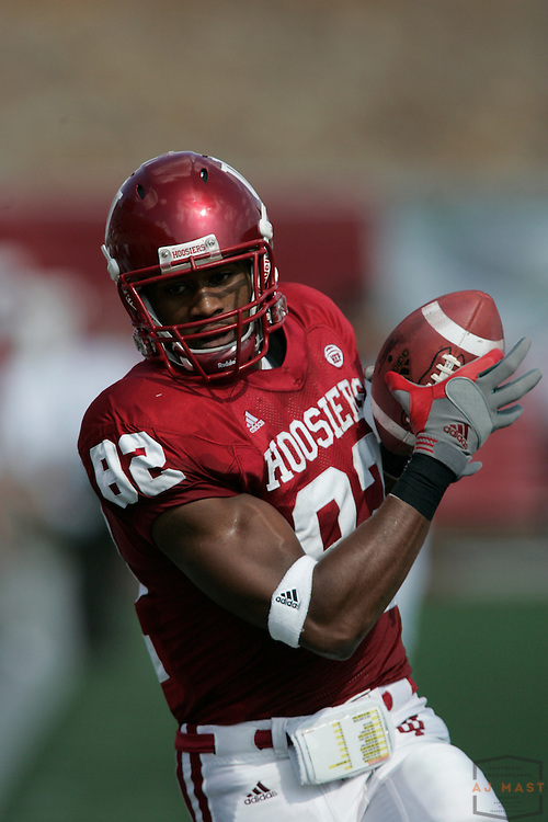 06 October 2007: Indiana wide receiver James Hardy (82) as the Indiana Hoosiers played the Minnesota Golden Gophers in a college football game in Bloomington, Ind. Indiana won 40-20.