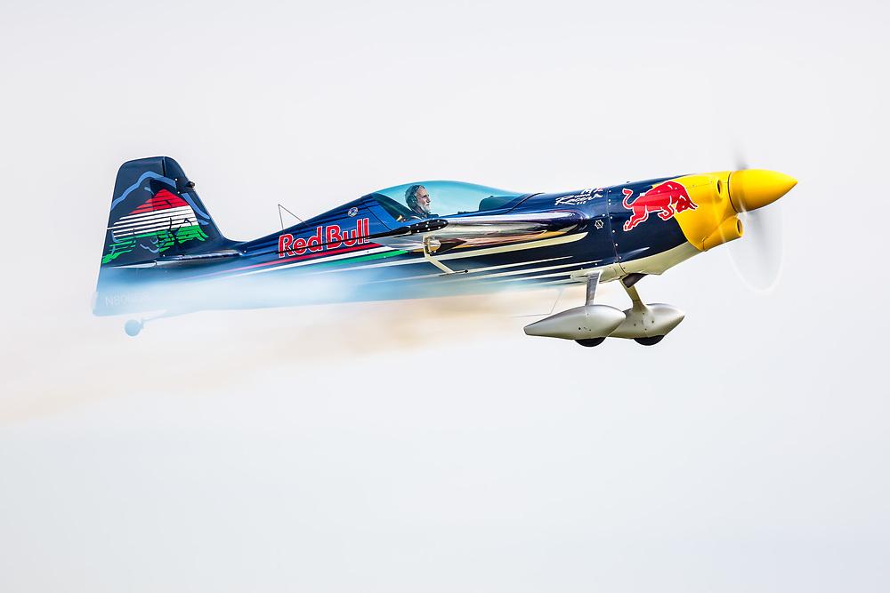 Peter Besenyei - Red Bull Peter Besenyei - Red Bull