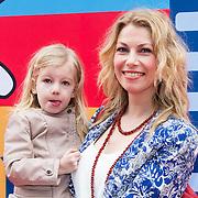NLD/Amsterdam/20140405 - Filmpremiere Pim & Pom, Susan Smit en dochter Linde
