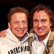 NLD/Hilversum/20101124 - Uitreiking boek 50 jaar Edison, de geschiedenis van de Muziekprijs, Marco Borsato en broer Armando