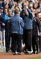 Photo: Richard Lane.<br /> Reading v West Ham United. Nationwide Division One. 03/04/2004.<br /> Alan Pardew salutes the West Ham fans after a disappointing performance.