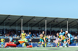 (L-R) goalkeeper Tyler Lovell of Australia, Tim Howard of Australia, Lalit Upadhyay of India, Aran Zalewski of Australia, Jeremy Hayward of Australia, Dilpreet Singh of India, Jake Harvie of Australia, Mandeep Singh of India during the Champions Trophy finale between the Australia and India on the fields of BH&BC Breda on Juli 1, 2018 in Breda, the Netherlands.