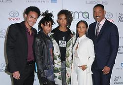 Trey Smith, Willow Smith, Jaden Smith, Jada Pinkett-Smith, Will Smith bei den Annual EMA Awards in Los Angeles / 221016<br /> <br /> *** 26th Annual EMA Awards in Los Angeles on October 22, 2016 ***