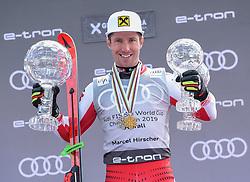 THEMENBILD - Skistar Marcel Hirscher gibt am 4. September seine Zukunftspläne in Salzburg bekannt. Seit seinem ersten Weltcupsieg 2009 in Val d'Isere gewann er den Gesamtweltcup siebenmal in Folge und steht derzeit bei insgesamt 68 Siegen. Damit zählt er zu den erfolgreichsten Skirennläufern der Geschichte. Hier im Bild: Marcel Hirscher (AUT) mit der Kristallkugel für den Sieg im Gesamtweltcup, Saison 2018/2019 // Ski star Marcel Hirscher announces his plans for the future in Salzburg on 4 September. Since winning his first World Cup victory in Val d'Isere in 2009, he has won the overall World Cup seven times in a row and currently has a total of 68 victories. He is one of the most successful ski racers in history. Here in the picture: Marcel Hirscher (AUT) with the crystal ball for the victory in the overall World Cup season 2018/2019. EXPA Pictures © 2019, PhotoCredit: EXPA/ Erich Spiess