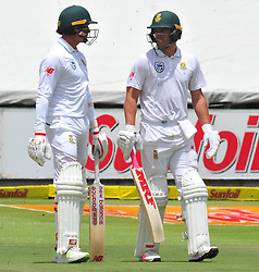 Cape Town 180108  Injured south African fast bowler Dale Steyn on the crease with AB de Villiers even though he has not healed.  Picture:Phando Jikelo/African News Agency(ANA)