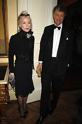 DAPHNE GUINNESS and the HON.WILLIAM SHAWCROSS at a dinner hosted by the Italian Ambassador for the Buccellati family held at the Italian Embassy, Grosvenor Square, London on 28th March 2007.<br />