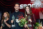 NOC*NSF Sportgala 2018. Tijdens het evenement, dat wordt georganiseerd om de Nederlandse topsporters te eren, worden de beste sporters van het jaar in het zonnetje gezet. <br /> <br /> Op de foto:  Sportman van het jaar Kjeld Nuis en sportvrouw van het jaar Suzanne Schulting