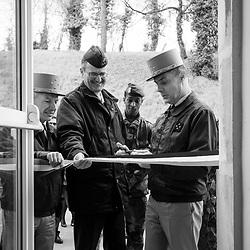 mercredi 22 mars 2017, 11h37, Saint-Denis. Le général Le Ray, gouverneur militaire de Paris inaugurant un bâtiment rénové au Fort de l'Est destiné à accueillir des militaires dans le cadre de l'opération Sentinelle.