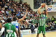 DESCRIZIONE : Campionato 2014/15 Dinamo Banco di Sardegna Sassari - Sidigas Scandone Avellino<br /> GIOCATORE : Justin Harper<br /> CATEGORIA : Tiro<br /> SQUADRA : Sidigas Scandone Avellino<br /> EVENTO : LegaBasket Serie A Beko 2014/2015<br /> GARA : Dinamo Banco di Sardegna Sassari - Sidigas Scandone Avellino<br /> DATA : 24/11/2014<br /> SPORT : Pallacanestro <br /> AUTORE : Agenzia Ciamillo-Castoria / M.Turrini<br /> Galleria : LegaBasket Serie A Beko 2014/2015<br /> Fotonotizia : Campionato 2014/15 Dinamo Banco di Sardegna Sassari - Sidigas Scandone Avellino<br /> Predefinita :