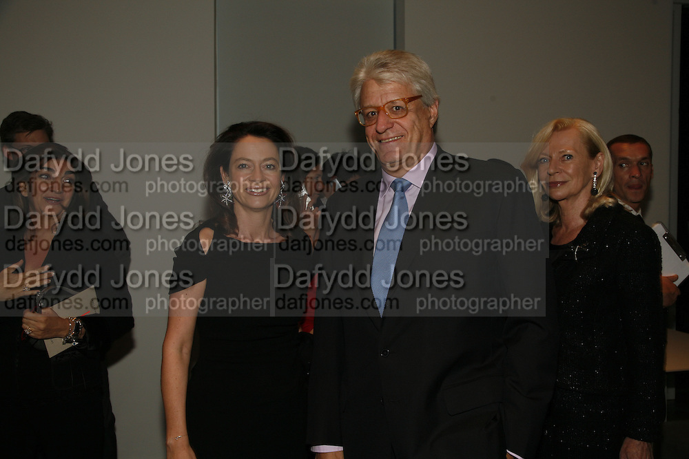DR & MRS GERT RUDOLPH FLICK, THE LOUISE T BLOUIN INSTITUTE OPENS WITH INAUGURAL EXHIBITION: James Turrell: A Life in Light Exhibition. OLAF ST. LONDON. 12 OCTOBER 2006.  -DO NOT ARCHIVE-© Copyright Photograph by Dafydd Jones 66 Stockwell Park Rd. London SW9 0DA Tel 020 7733 0108 www.dafjones.com