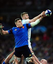 George Kruis of England disrupts a France lineout - Mandatory byline: Patrick Khachfe/JMP - 07966 386802 - 19/03/2016 - RUGBY UNION - Stade de France - Paris, France - France v England - RBS Six Nations.