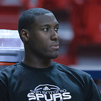 16 March 2010: San Antonio Spurs center Ian Mahinmi is seen prior to the San Antonio Spurs 88-76 victory over the Miami Heat at the AmericanAirlines  Arena, in Miami, Florida, USA.