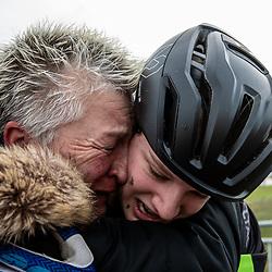 11-01-2020: Wielrennen: NK Veldrijden: Rucphen <br />Emotie bij trainster Marianne Gal na het behalen van de titel van Leoni Bentveld