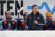 24.Feb.2012; Rapperswil-Jona; Eishockey NLA - Rapperswil-Jona Lakers - EV Zug; Trainer Harry Rogenmoser (LAK)<br />  (Thomas Oswald)