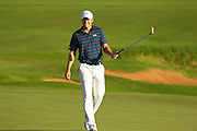 January 10 2016: Jordan Spieth makes his birdie putt and wins the Hyundai Tournament of Champions at Kapalua Plantation Course on Maui, HI. (Photo by Aric Becker)