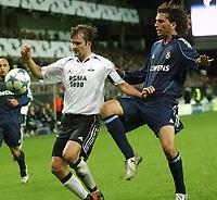 Champions League 01.11.05 - Rosenborg - Real Madrid 0-2<br /> <br /> Roar Strand and Francisco Pavón<br /> Foto: Carl-Erik Eriksson, Digitalsport